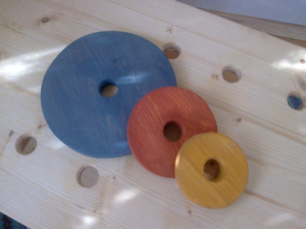 Wooden wheel (12cm)